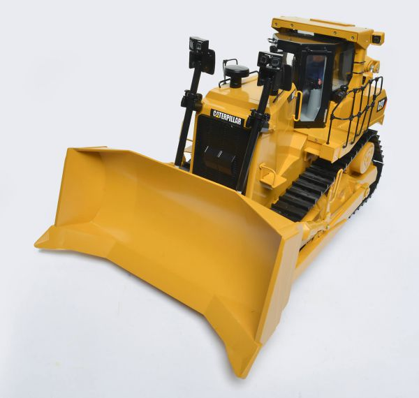 1 Komplett-Bausatz Kettendozer CAT D9T. Bausatz mit allen