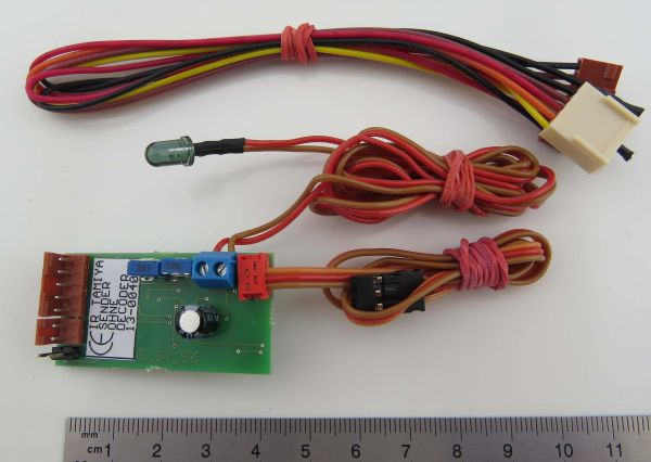 1 kızılötesi verici Tamiya'nın MFC-01 / 03'unu tamamlar. Çar