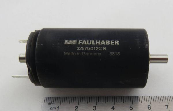 1x DC motor pequeño 12V 3257G012CR de Faulhaber. Voltaje nominal