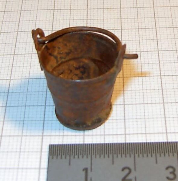 1x Blecheimer, rustikal, rostig ca. 2cm Durchmesser