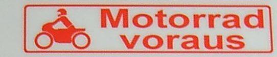 """Metin etiketi """"öncesinde motosiklet"""", kırmızı, 1: 12 öz"""