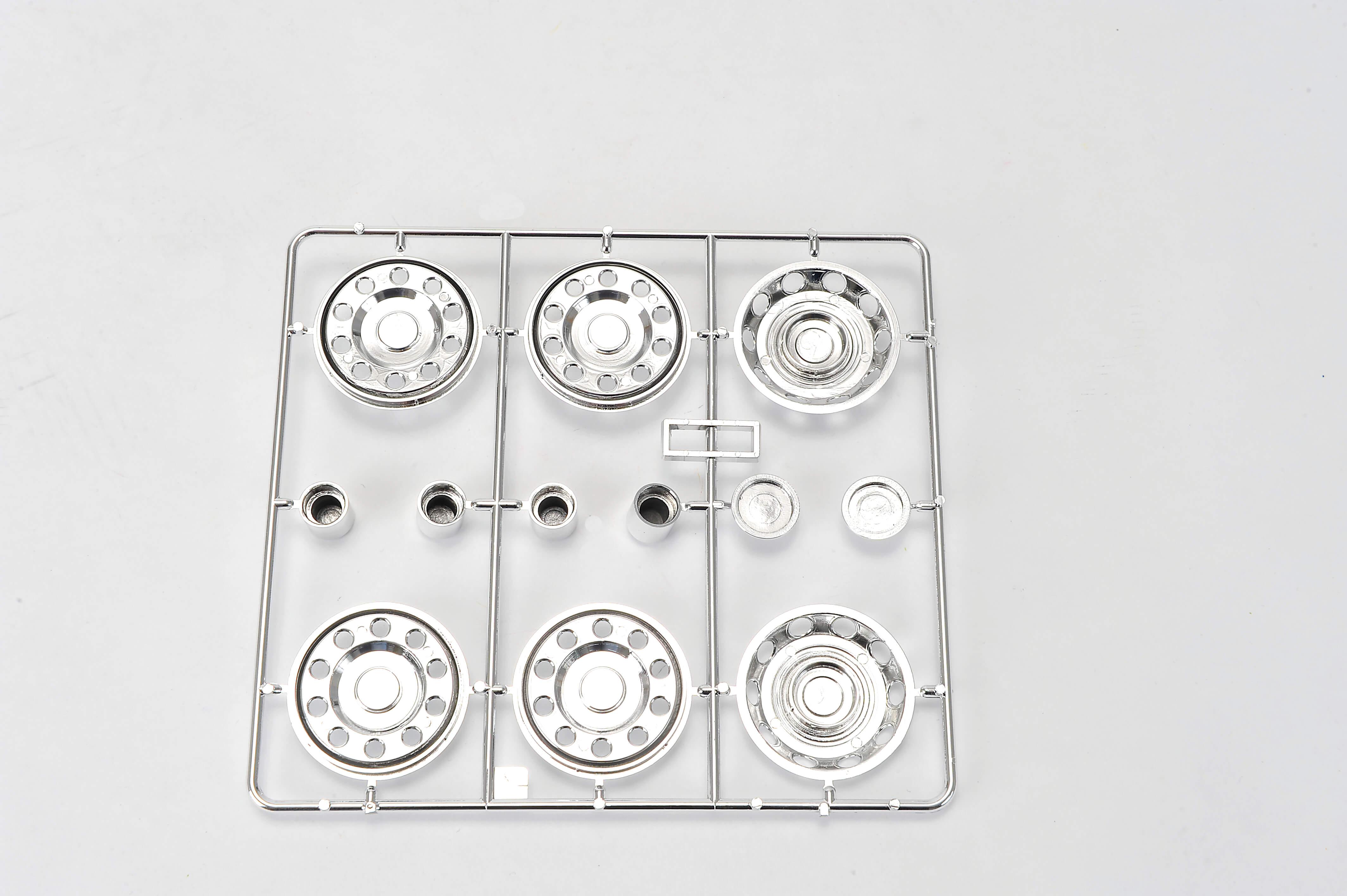 1 establece cubiertas de rueda y tapacubos. Cromado. 6 | Accesorios + recambio | tractores | Tamiya | kits | Fechtner Modellbaushop