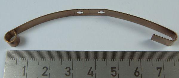 Üst tabaka yaprak yay (uzun 70mm). 6mm ilgili 70mm geniş