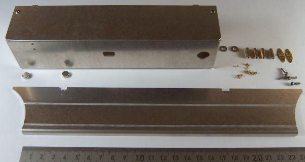 1 Seitenkasten mit Klappdeckel (ALU) für Abroll-Anhänger