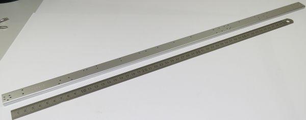 1 Rahmen-Längsträger, links, eloxiert, NF-Profil für