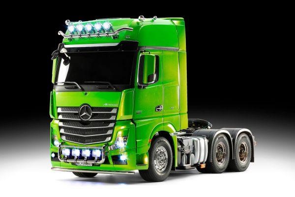 Mercedes-Benz Actros 3363 Tam inşa ve seçeneği boyalı