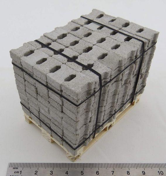Betonstein-Palette im Maßstab 1:14,5. Verbund-Pflaster