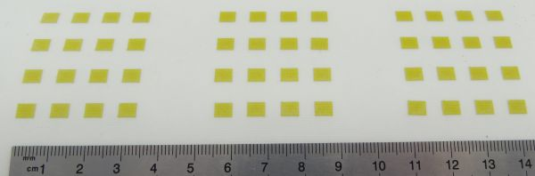 Logo-Elemente aus hochwertiger, selbst- klebender REFLEX-Fo