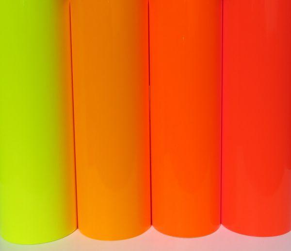 Selbstklebende NEON-Folie. Ca.240mm breit. Zum Selbstschneid